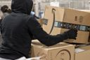 Amazon Ends Ties to Delivery Firm, Erasing Hundreds of Jobs